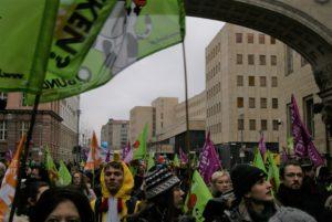 Aus ganz Deutschland sind Bürgerinnen und Bürger angereist um hier zu demonstrieren.