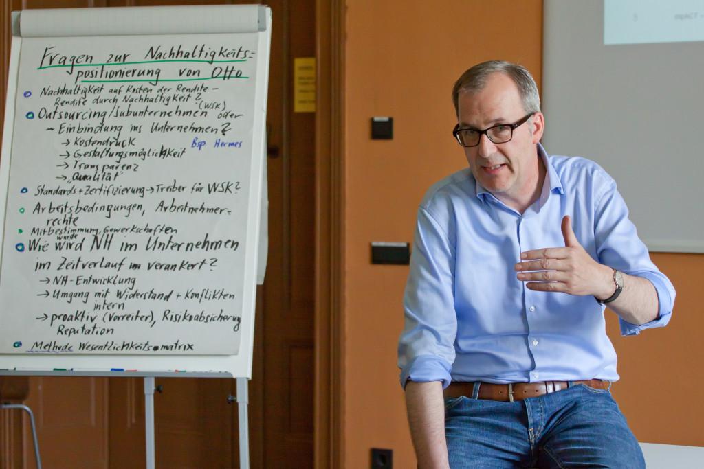 Nachhaltigkeitsprofi Prof. Dr. Merck berichtet aus der Praxis