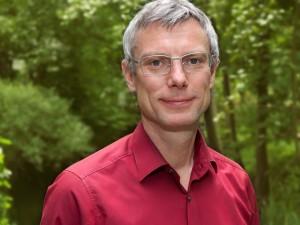 """Prof. Dr. Benjamin Nöting leitet seit 2013 den Studiengang """"Strategisches Nachhaltigkeitsmanagment"""" an der Hochschule für nachhaltige Entwicklung in Eberswalde."""